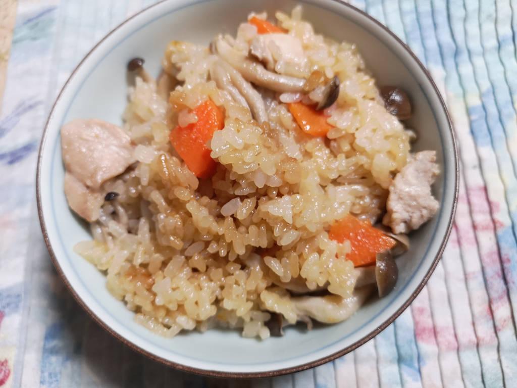 鶏としめじの炊き込みごはん 2